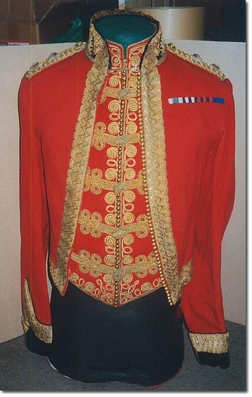 Mess dress waist coat color