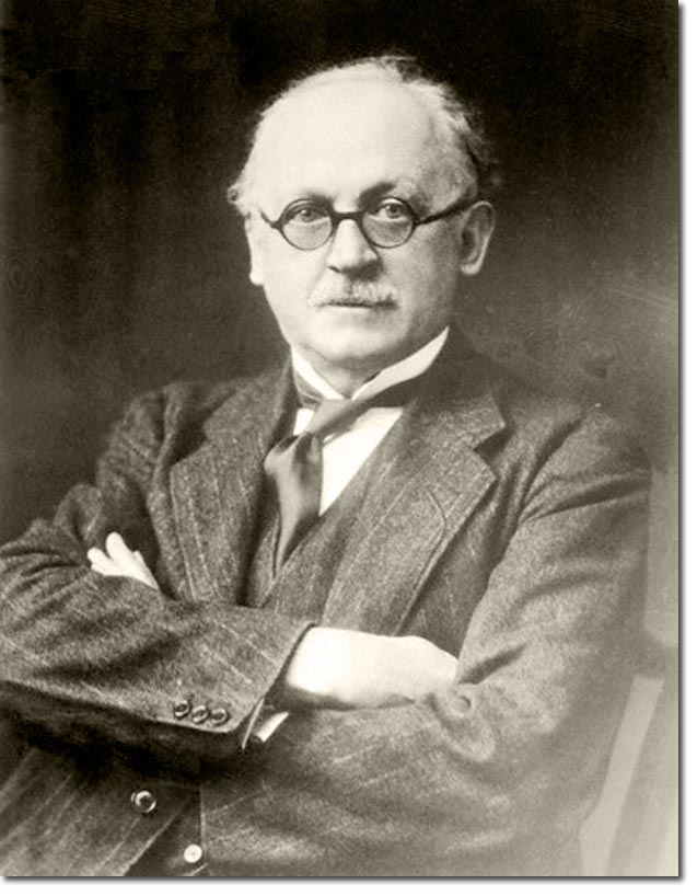 sir edward lutyens was one of the most famous architects of the day and was associated very much with the of empire - The Most Famous Architects