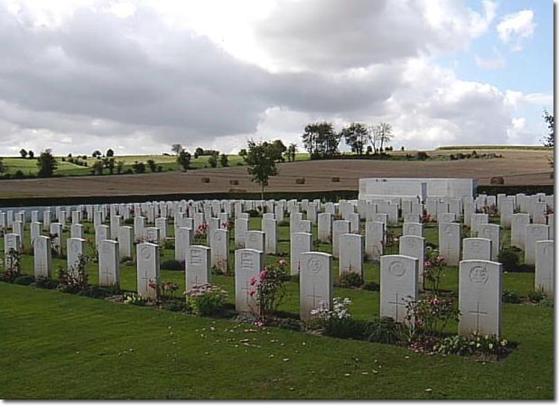CWGC Cemetery: FORCEVILLE COMMUNAL CEMETERY AND …